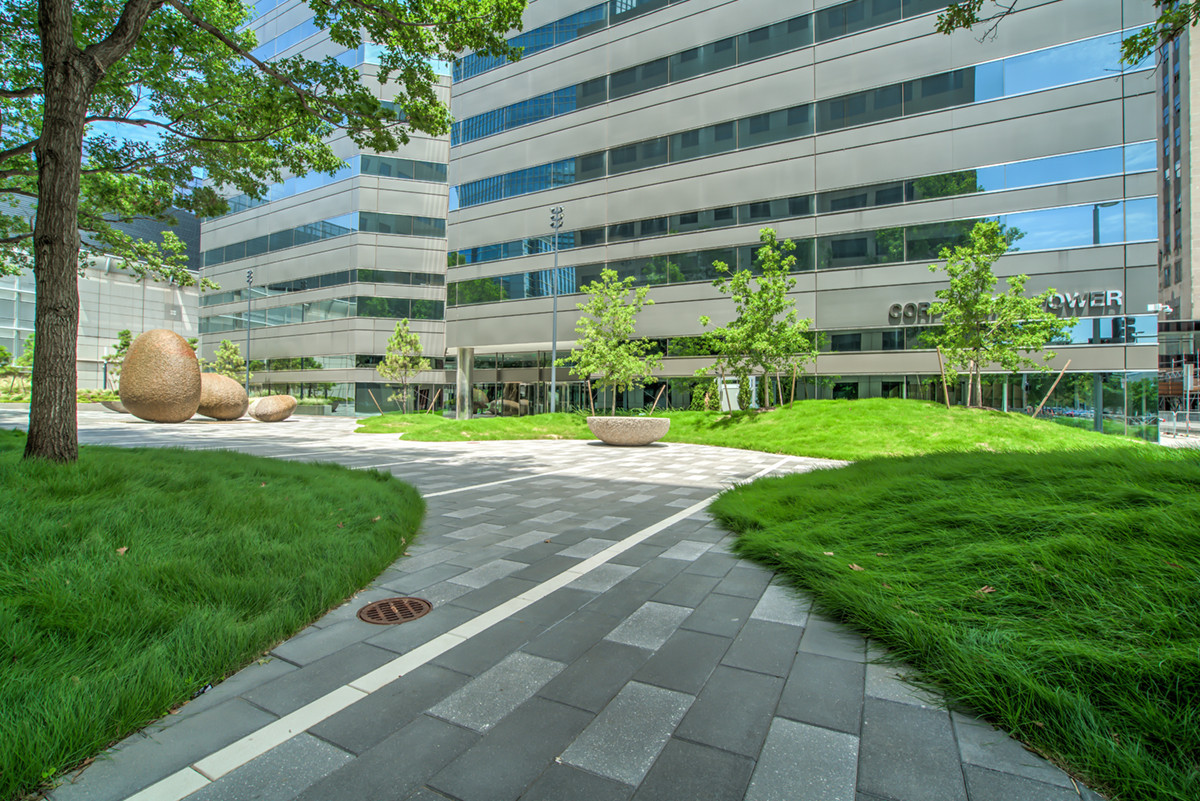 Courtyard at the exterior of Corporate Tower OKC