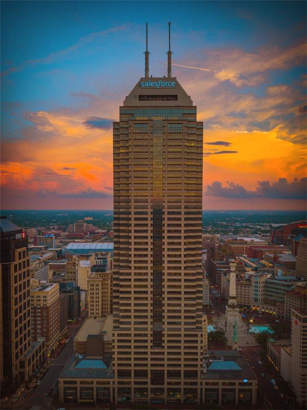 Salesforce Tower Sunset